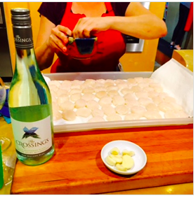 Preparing the Scallops & pairing them with The Crossings Sauvignon Blanc is lovely!